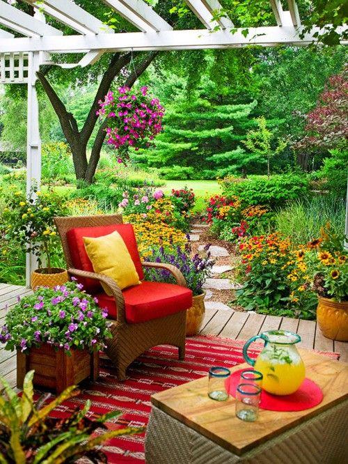 25 super cute small garden ideas for gardening lovers