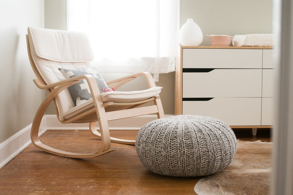 18 best reading chairs for all those who love to read - blogrope
