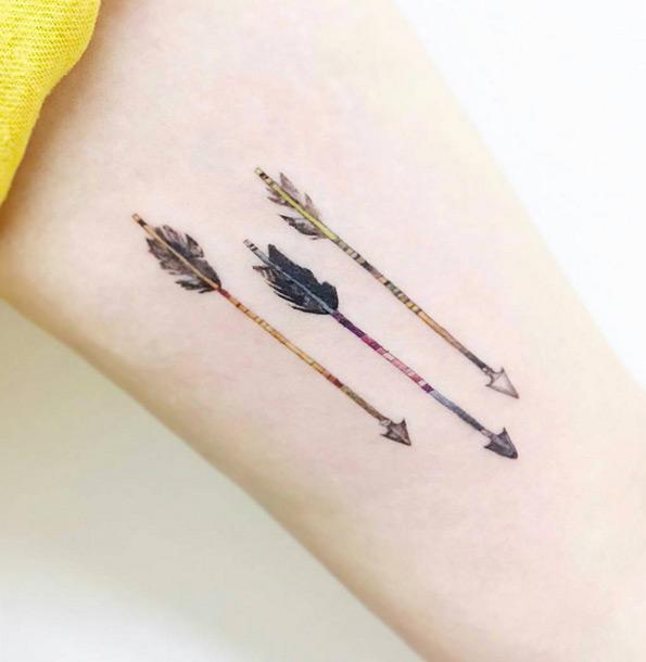 30 Incredible Arrow Tattoo Designs  Blogrope