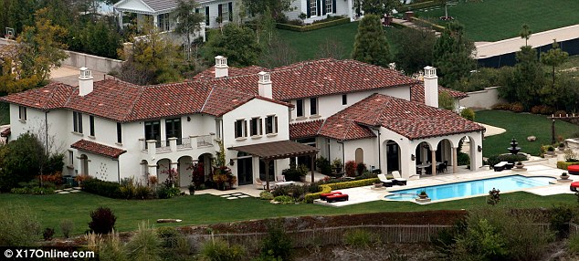 50 Breathtaking Snapshots of Justin Bieber's Multi-million Dollar Houses