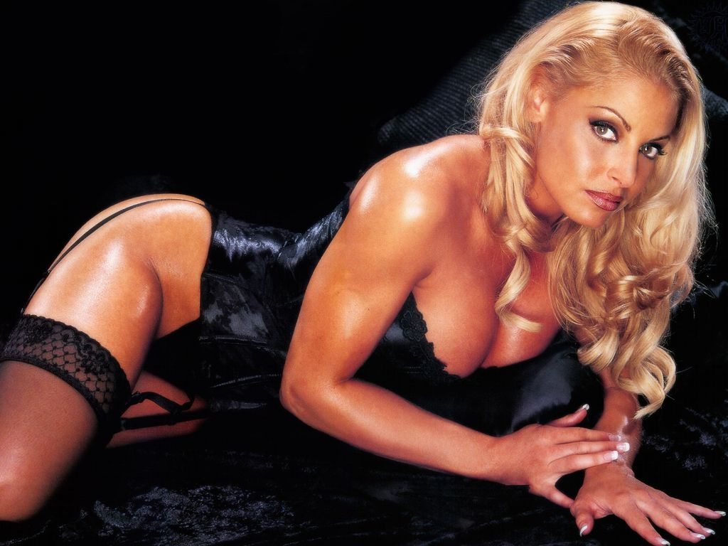 Wwe trish stratus sexy the expert