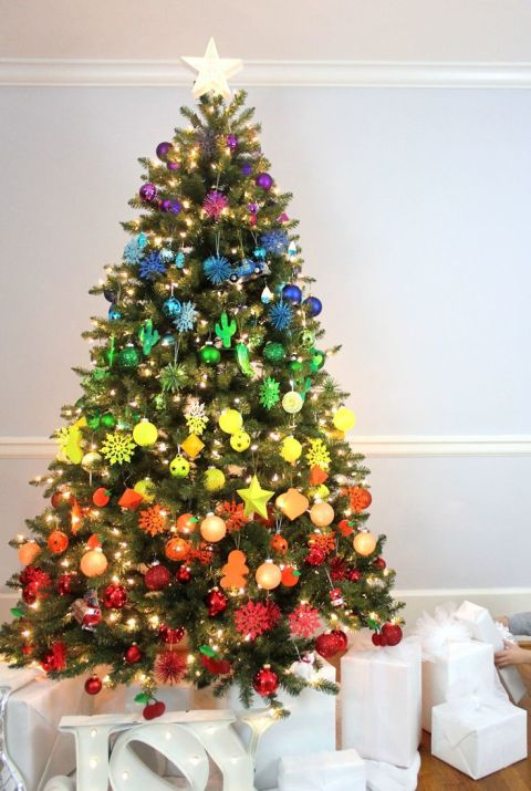 50 Christmas Tree Decoration Ideas For Home Blogrope - Multi Color Christmas Tree Decorations